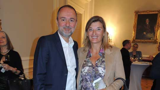 Bundesminister Drozda mit Vorstandsmitglied Dr. Dorothee Ritz von Plan International