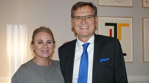 Fr. Klausnitzer und Hr. Kralinger, Vizepräsident VÖZ (c) Plan International