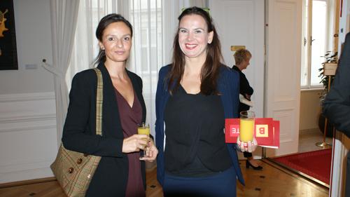 Preisträgerin und Jurymitglied (c) Plan International