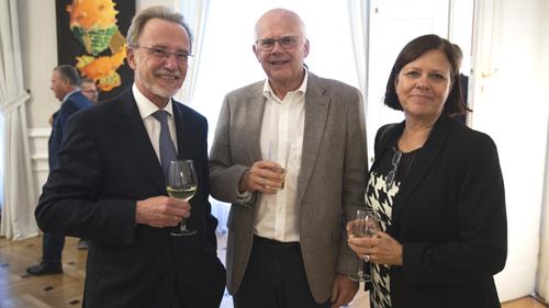 Vorstandsmitglieder und Besucher (c) BKA Christopher Dunker